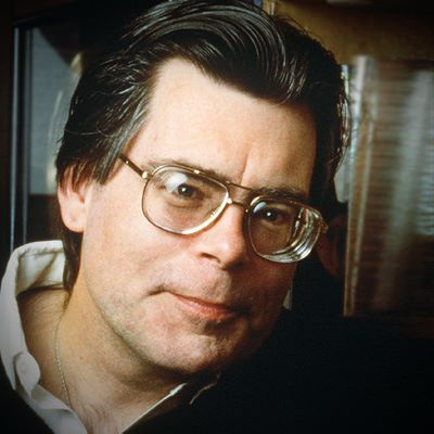 Stephen-King-Famous-Writers-With-Depression-RM-pg-full.jpg